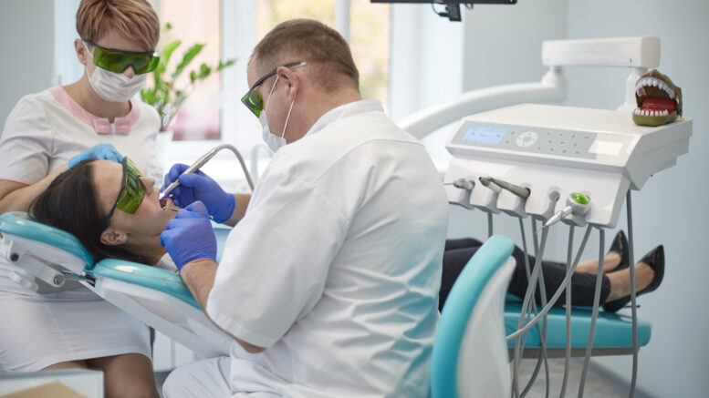 What You Need To Know About A Cosmetic Dentist - Dental Care