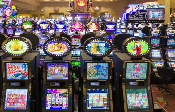 Lessons Around Online Casino To Understand Before You Attain