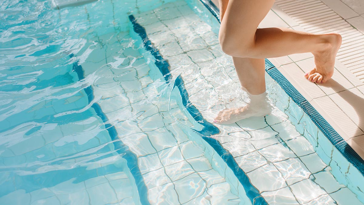 Methods Concerning Swimming Pool Building Contractor