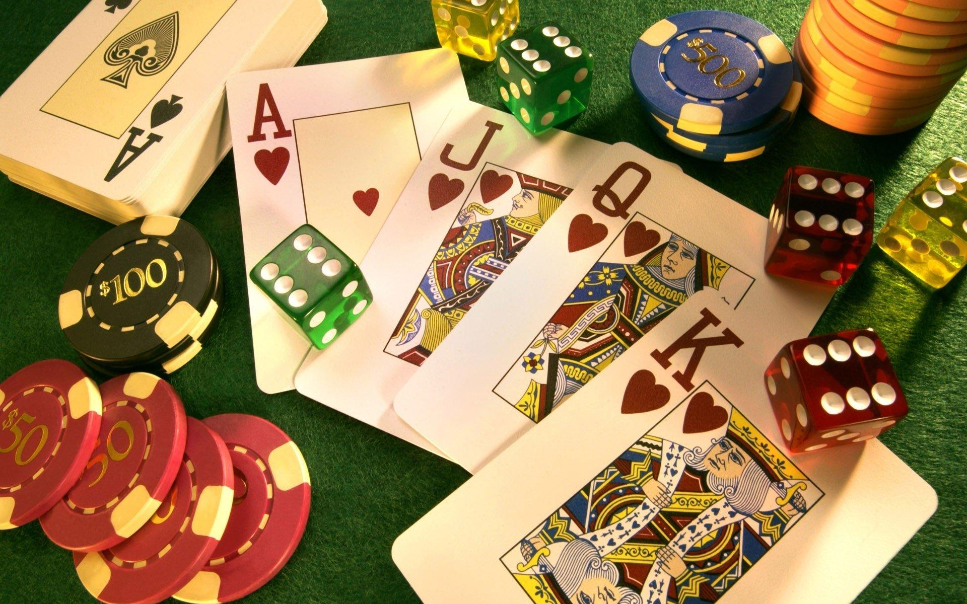 How To Improve At Online Gambling
